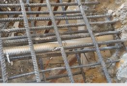 החלפת צינור שנפגע ברשת ברזל